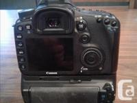Canon 7D for sale. Comes with everything to get you
