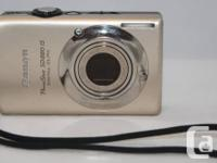 Canon PowerShot SD880 IS 10.0 MP electronic camera.