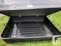 Older cargo box. But in good condition, Latches front