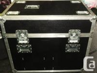 """ROLL IN LIKE A CHAMP ! Solid flight cases.  33""""H X 23""""W for sale  Ontario"""