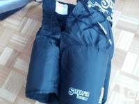 Pants in good shape with no tear. Size Adult Small