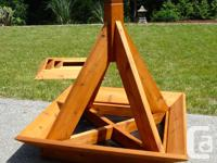 Stylish 3ft pyramid planter with 4 removable tiers.