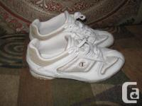 Champion Running Leather Upper Women Shoes Size 6.5 us