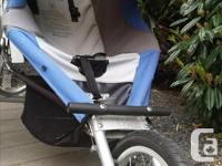 Good quality stroller that is great for walking with