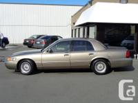 Make Mercury Model Marquis Year 2002 Colour Gold kms