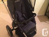 QUINNY NEWS!  This stroller is in fantastic condition.