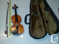 Novice/Student Violin with case Model/size: HV100/16