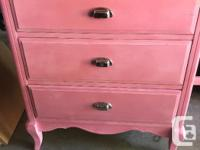 Nice solid wood Children's desk. 4 drawers with nice