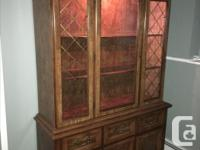 China Cabinet/Buffet & Hutch. (solid wood/pecan