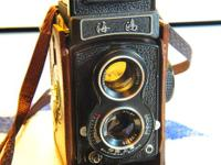 Chinese made 120 film size Twin Lens Reflex camera!!