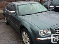 2005 Chrysler 300c 5.7 loaded metalic green awd