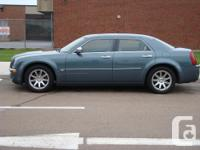 Mint problem Chrysler 300C - filled, leather, sunroof,