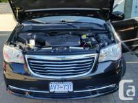 Make Chrysler Model Town & Country Year 2011 Colour
