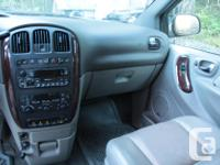Make Chrysler Model Town & Country Year 2001 Colour