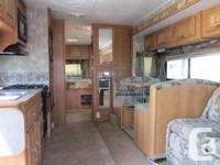 2008 Coachman Freelander 31 feet Class C Motor home
