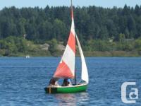 12ft fibreglass sailing dinghy, with all original sails