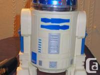 FULLY FUNCTIONAL, COLLECTABLE STARWARS R2D2 WITH