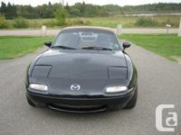 Make Mazda Model MX-5 Miata Year 1992 Colour Black kms
