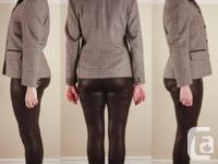 Tailored black and white wool tweed females's crop