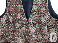 Lovely and also remarkably in-depth waistcoat, raw silk