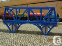 Includes 2 bridges, 1 2-track engine shed, 1 tunnel, 6