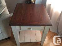 Very solid coffee table and side table for sale. Items