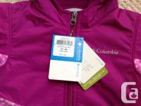 Brand new, never worn, Columbia hooded jacket. Size 2T.