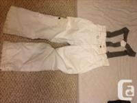 Size 10/12 Excellent condition Ski pants have a bit of