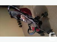 In excellent condition, this super lightweight stroller