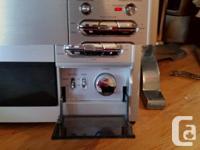 Modern Aiwa M-6388 Micro-Hi Fi System 2 speakers