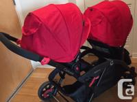 Double stroller in excellent condition. Comes with 2