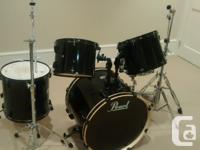 Drum set including all drums, cymbals, hardware, and