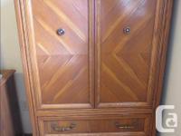 Queen bedroom set in very good condition $400 or best