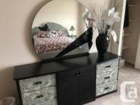 Complete Ultra Modern Style Bedroom Suite complete with