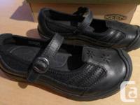 Keen Haven MJ - Female's Footwears. Colour: Black.