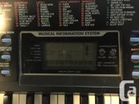 Here is a nice Concertmate 980 electronic keyboard