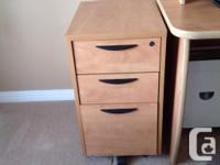 Sauder, Honey oak melamine sturdy desk fits into a