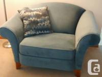 Rowe Oversized Chair and couch Excellent Condition