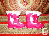 Description: Cougar Girl's Light Pink Snow Boots: Your