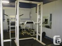Commercial Counterbalanced Smith Machine. Professional