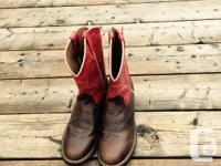 Worn once. Womens Size 7 1/2 - Performance Western