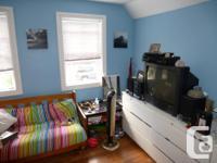# Bath 1 # Bed 1 Address is 457 Booth, Apt 1, Ottawa,