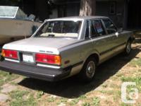 Make Toyota Model Cressida Year 1984 Colour Beige