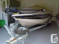 -2003 Crestliner Fishhawke D/C with cover. 2 large live