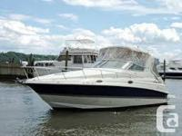 Quality and reliable Cruisers Yachts 28 - LOA 31  Has a