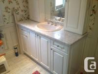 Beautiful brand new custom made bathroom vanity with