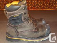Comfortable steel toe boots. Only worn once as I