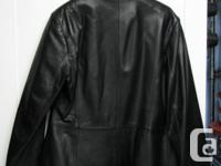 """Danier leather ladies jacket. Hip length 29"""" from top"""