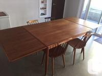 Mid century modern dining table and 6 chairs. Table