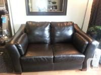 Beautiful dark brown leather loveseat - good condition